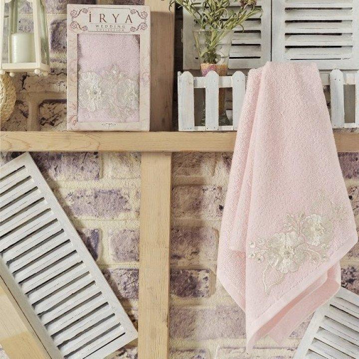 """Полотенце махровое с гипюром """"IRYA"""" FLEUR Розовое 85x150"""